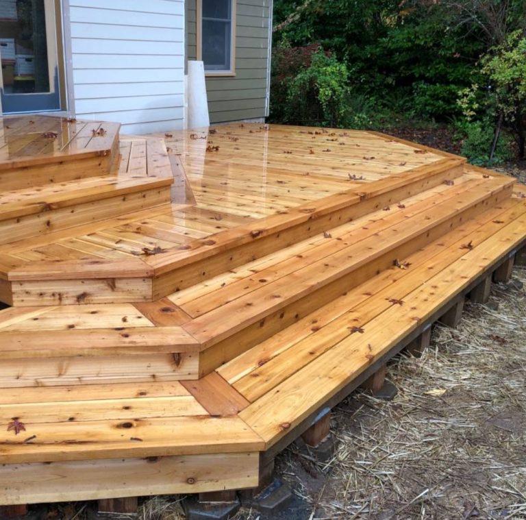 Backyard-Deck-Steps