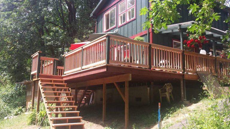 Deck-Contractors-Eugene